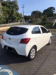 Vendo carro simplesmente novo