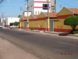Apt do lado expoente próximo a UFMA do centro