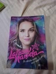 Livro (Larissa Manoela)