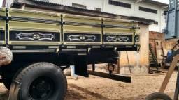 F4000 ( carroceria de madeira)