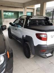 Fiat Strada cabine dupla 2014 3 portas - 2014