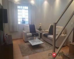 Casa à Venda com 3 dormitórios no Bairro Jardim Portal do Sol, Marília/SP