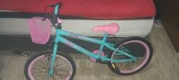 Bicicleta aro 20 menina nova com nota