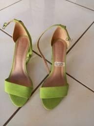 Sandália de salto bloco,usado...