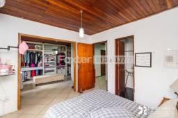 Vendo casa com 6 dormitorios no bairro Nonoai