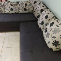 Higienização a seco de sofás, colchões, tapetes em geral.