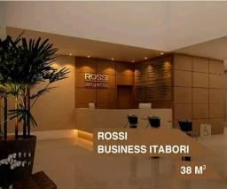 Salas comerciais no centro de Itaboraí, com apenas 10mil de entrada