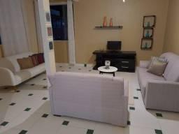 Apartamento com 2 dormitórios (suítes) para alugar, 132 m² por R$ 1.350/mês