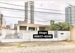 Excelente casa em Lagoa Nova, Próximo a Av. Miguel Castro e Rua São José.