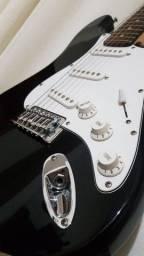 Título do anúncio: Guitarra Phoenix Stratocaster