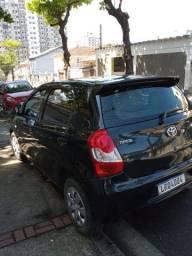Título do anúncio: Toyota Etios Hatch com 51 mil kms 41 mil reais.