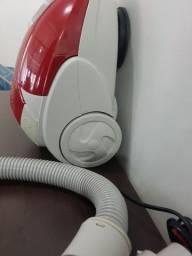 Aspirador de Pó Fama Vermelho - 127V