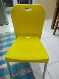 4 Cadeiras novas/ olha o anuncio