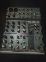 Mesa de Som - Phonic Am105fx