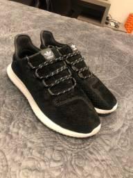Tênis adidas TUBULAR preto usado 2 vezes
