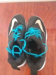 Tênis de corrida Nike (Novo)