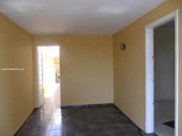 Título do anúncio: Casa para Venda em Limeira, Vila Claudia, 3 dormitórios, 1 banheiro, 1 vaga
