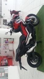 Honda X ADV 750 cc novíssima apenas 100km