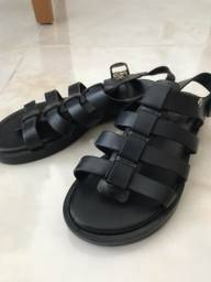 Título do anúncio: sandália unissex