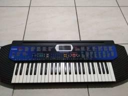 Título do anúncio: Vendo teclado 110v