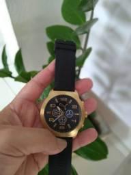 Relógio Puma dourado - seminovo