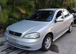Astra 2001 1.8 Sedan