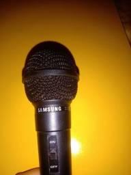 Título do anúncio: Microfone semi-novo em perfeito estado!