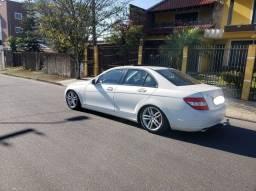 Título do anúncio: Mercedes c180 branca com teto
