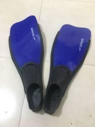 Nadadeira (pé de pato)