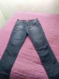 Calça jeans com Laycra 46 Cintura Alta usada 1x