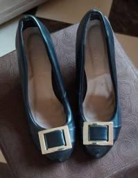 2 calçados pelo preço de 1