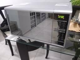 Microondas LG Novíssimo  30 Litros