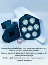 Refletor solar em formato de câmera