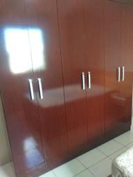 Guarda roupa conservado 6 portas