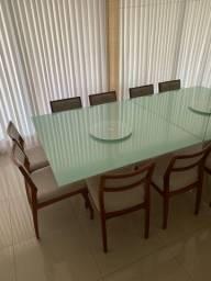 Título do anúncio: Linda mesa com tampo de vidro com 6 cadeiras