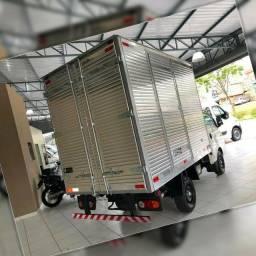 Título do anúncio: Frete e Mudança caminhão baú HR toda a região metropolitana Goiânia etc