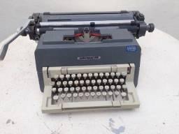 Título do anúncio: Maquina de escrever Lexicon 80