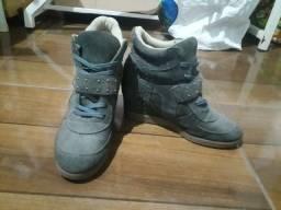 Botinha sneaker