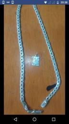 Vendo um cordão de prata 950