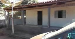 Excelente casa em Cocalinho/MT com garagens e barracões - 1400m2