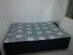 Vende-se cama box de casal