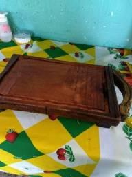 Tábua de carne nunca usada em madeira maçiça