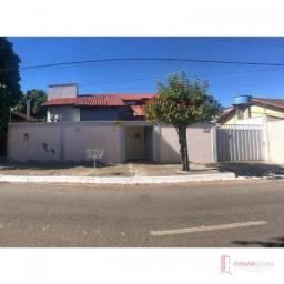Casa com 3 dormitórios à venda por R$ 300.000,00 - Setor Central - Gurupi/TO