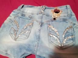 Shorts jeans com strech