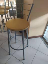 VENDO cadeira alta para bar/lanchonete ou similares