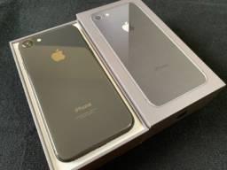 IPhone 8 novinho Completo (sem detalhes)