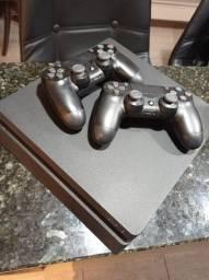 Playstation 4 - novo - dois controles