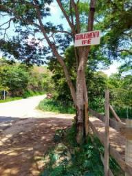 Vendo casa/granja em Monte Verde, leia a descrição.