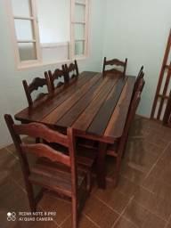Pechincha - Conjunto de mesa de imbuia maciça com 8 cadeiras