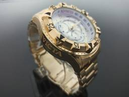 Relógio de pulso masculino invicta excursion dourado